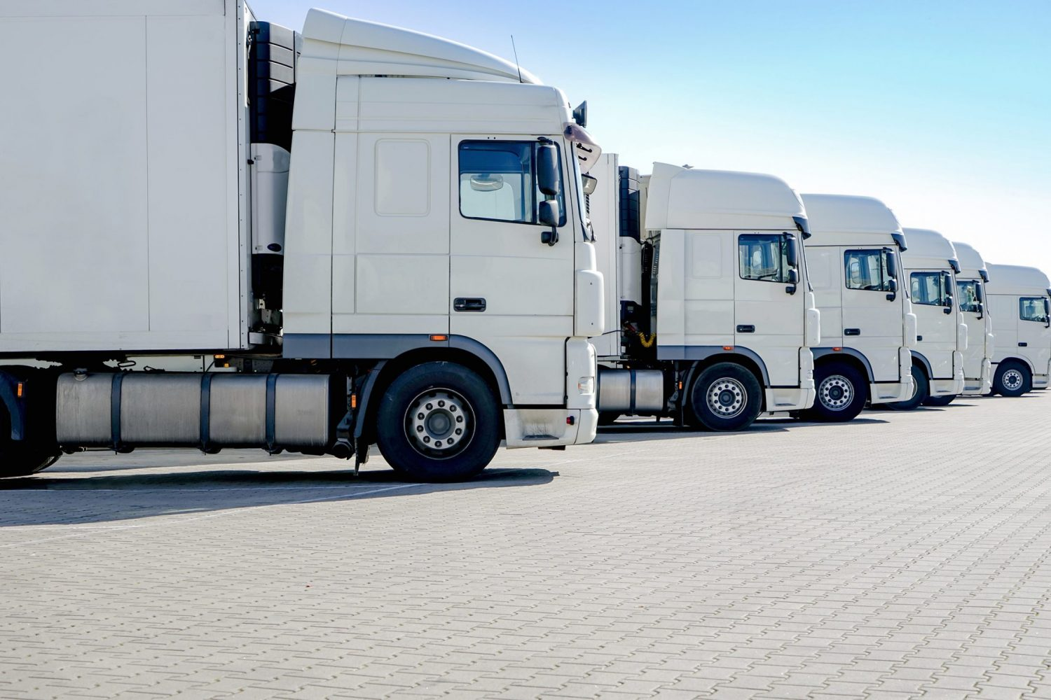 Transport Logistics and Vehicle Connectivity